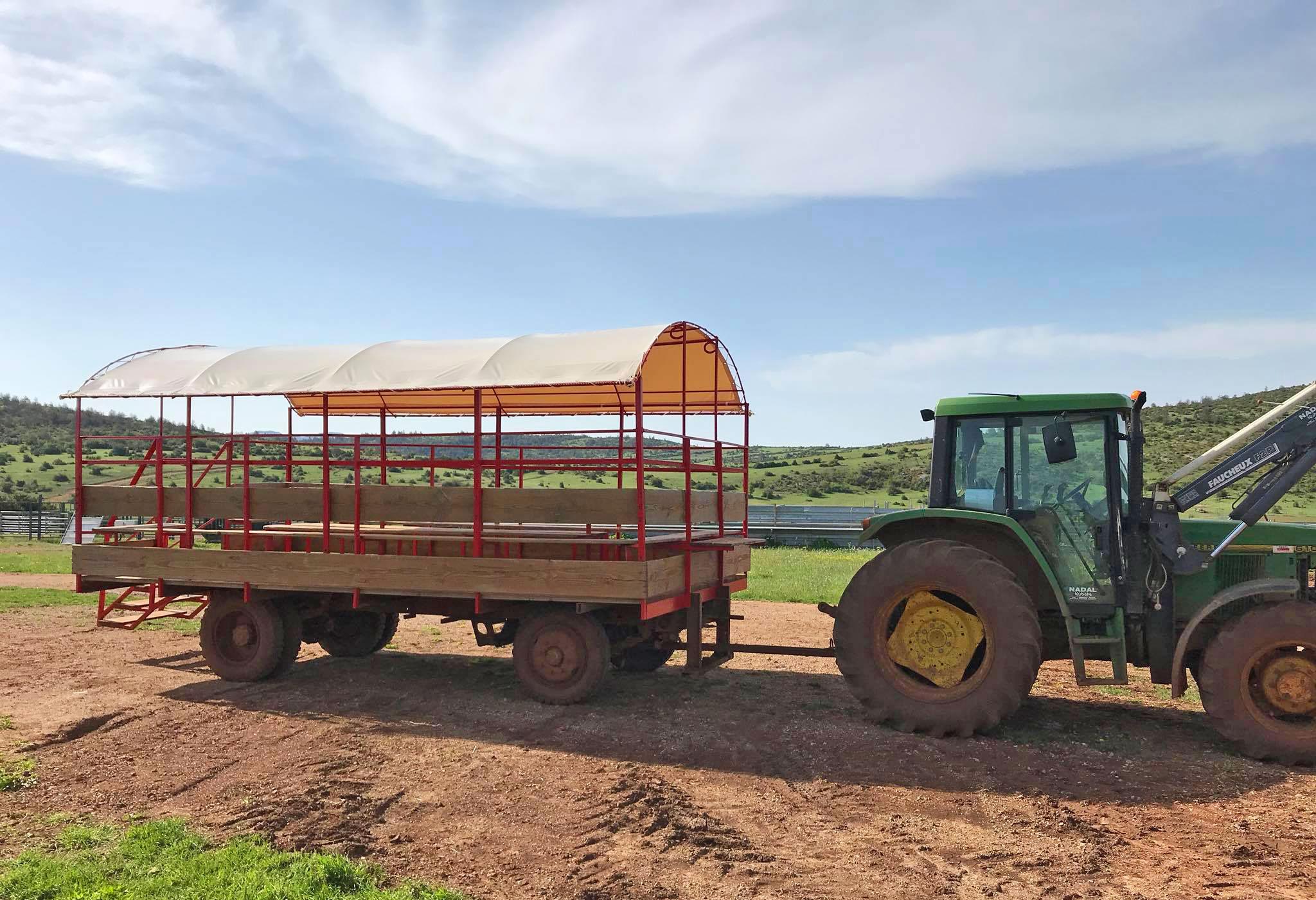 Un toit sur le chariot des visites !